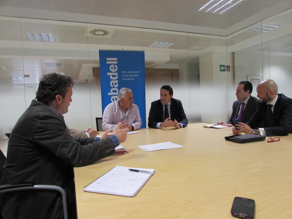 LA VIÑA negocia una tarifa plana para el TPV con el Banco Sabadell - La Viña