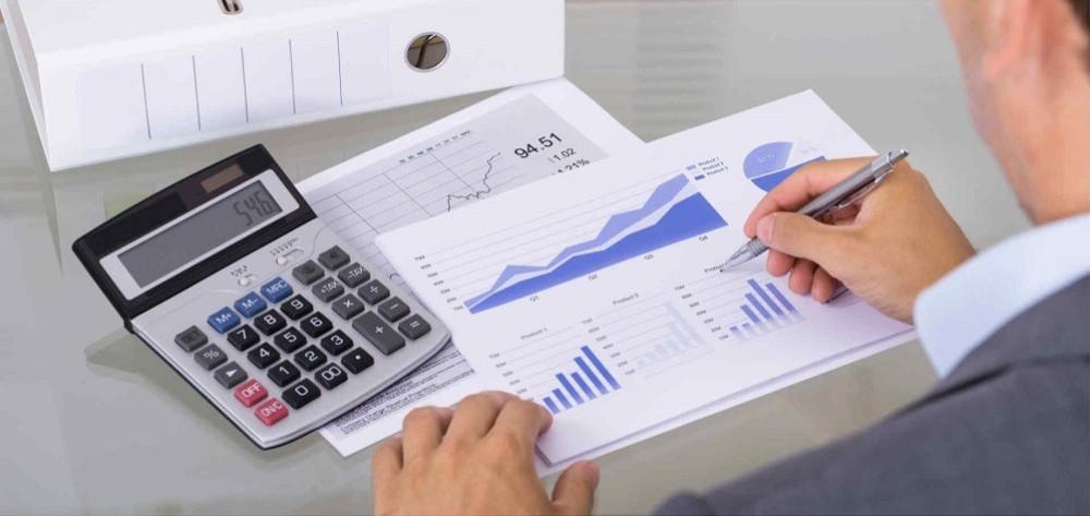 Los empresarios de 'módulos' deberán cambiarse a 'Directa' si superan 150.000€ de ingresos o gastos - La Viña