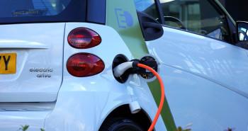 Ayudas de la Comunidad de Madrid para la adquisición de vehículos eléctricos e instalación de puntos de recarga - Hostelería Madrid