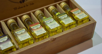 El aceite que ofreces a tu cliente, siempre en envases no rellenables - Hostelería Madrid