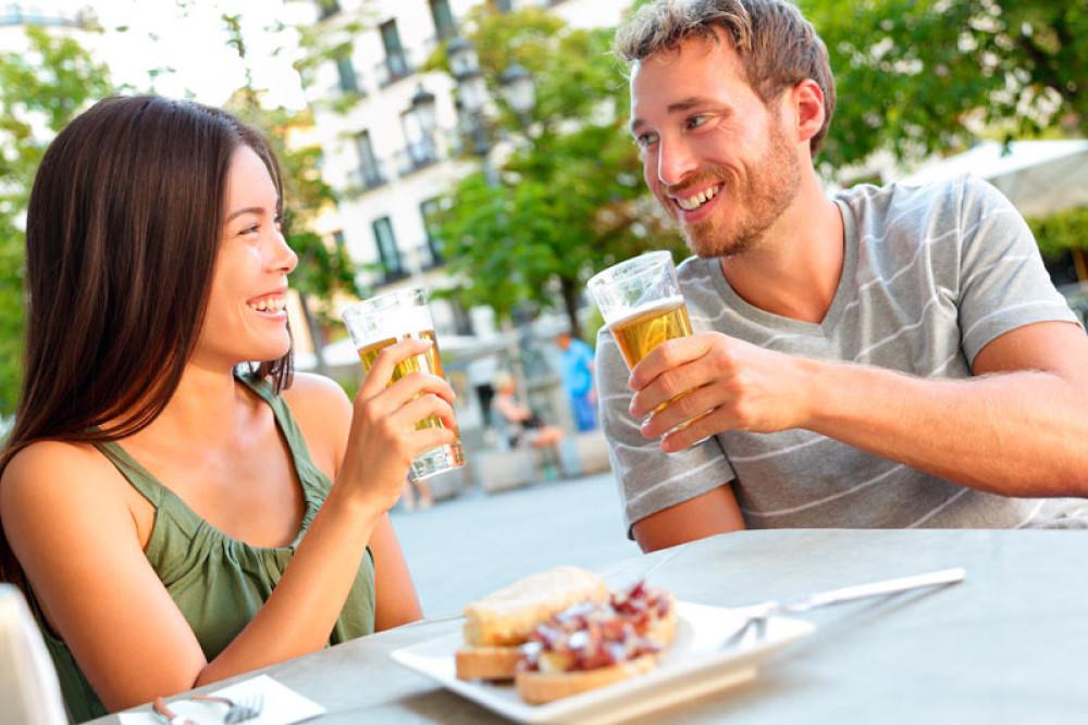 Salir de tapas y cañas sí es compatible con un estilo de vida saludable - La Viña