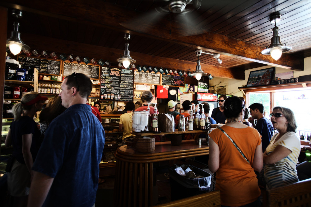 La hostelería de Madrid acumula un incremento del 4,4% en su facturación en lo que va de año - Hostelería Madrid