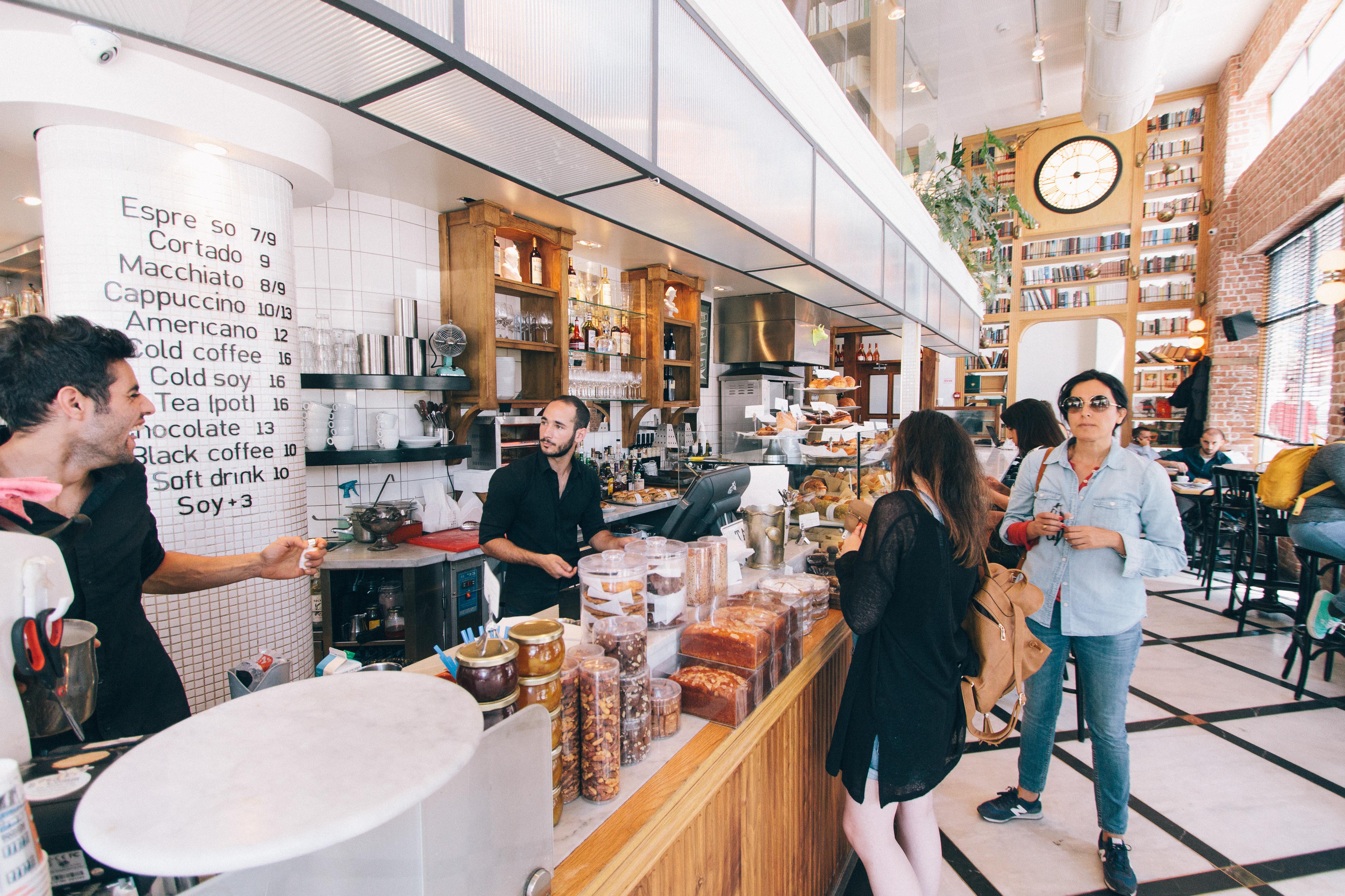 Los precios de los bares y restaurantes siguen su tendencia alcista - La Viña