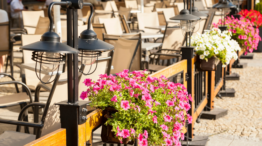 Hostelería Madrid solicita al Ayuntamiento un plan extraordinario de Terrazas que ayude a frenar el cierre de bares - La Viña