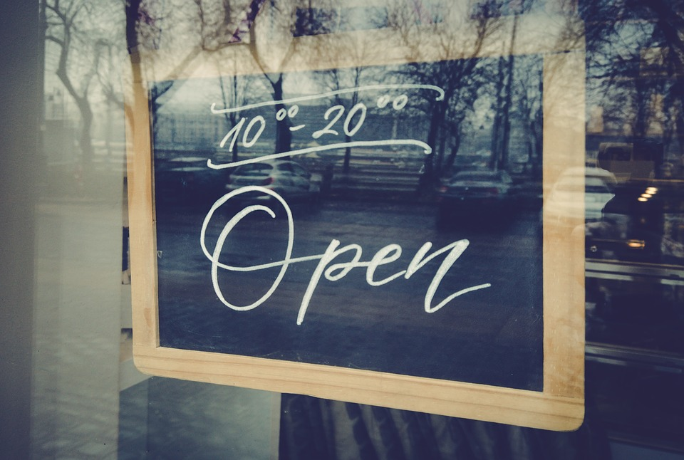 La hostelería de la Comunidad de Madrid podrá cerrar a las 23 horas a partir de mañana - La Viña