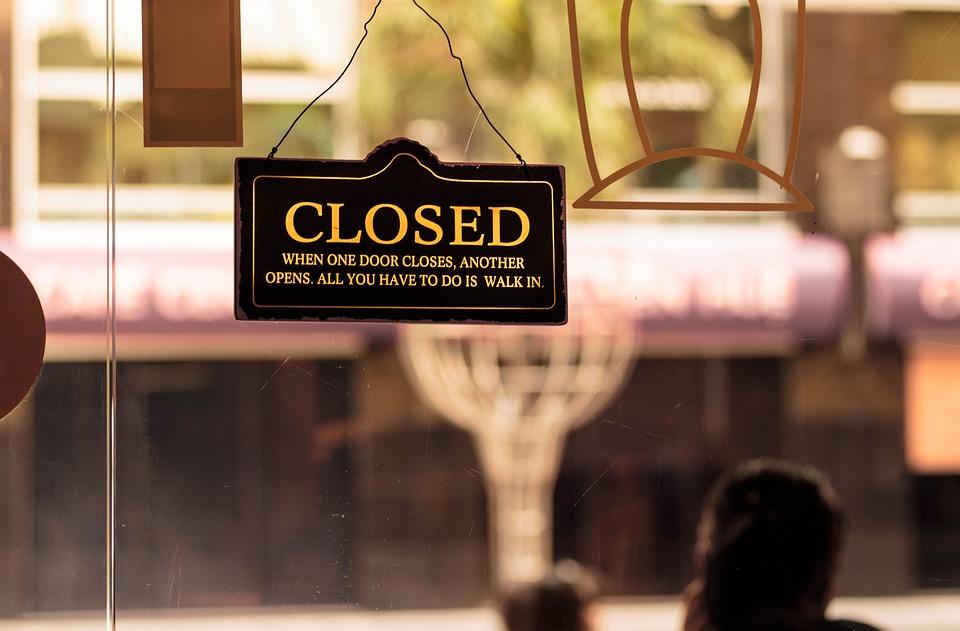 La CAM limita a seis personas los grupos máximos por mesa en toda la hostelería de la región a partir del lunes - La Viña