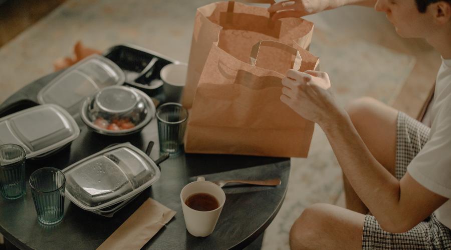 El futuro del teletrabajo: ¿Cómo afecta a la hostelería? - La Viña