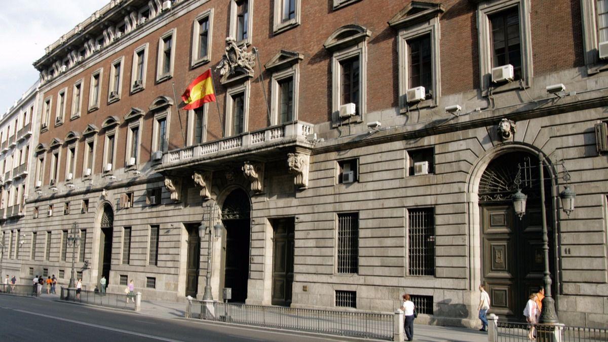 """El sector hostelero no quiere seguir pagando los """"platos rotos"""" de la pandemia - La Viña"""