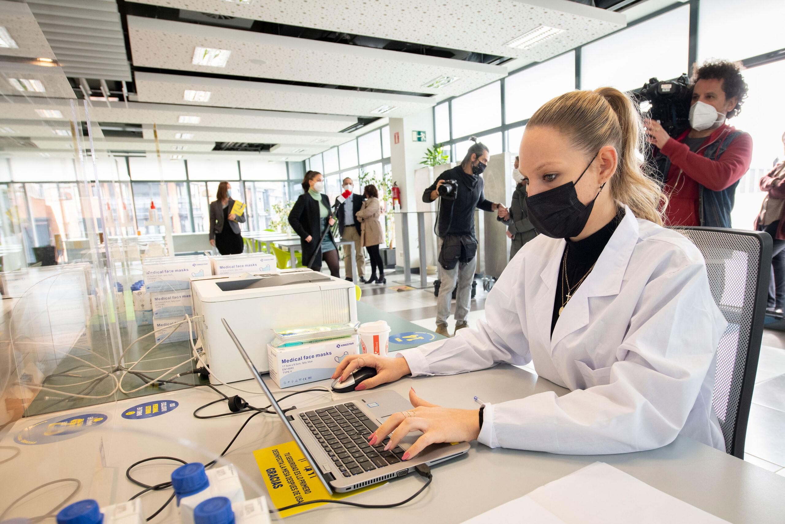 CEOE realizará test de antígenos al sector hostelero de la mano de Makro y Hostelería Madrid - La Viña