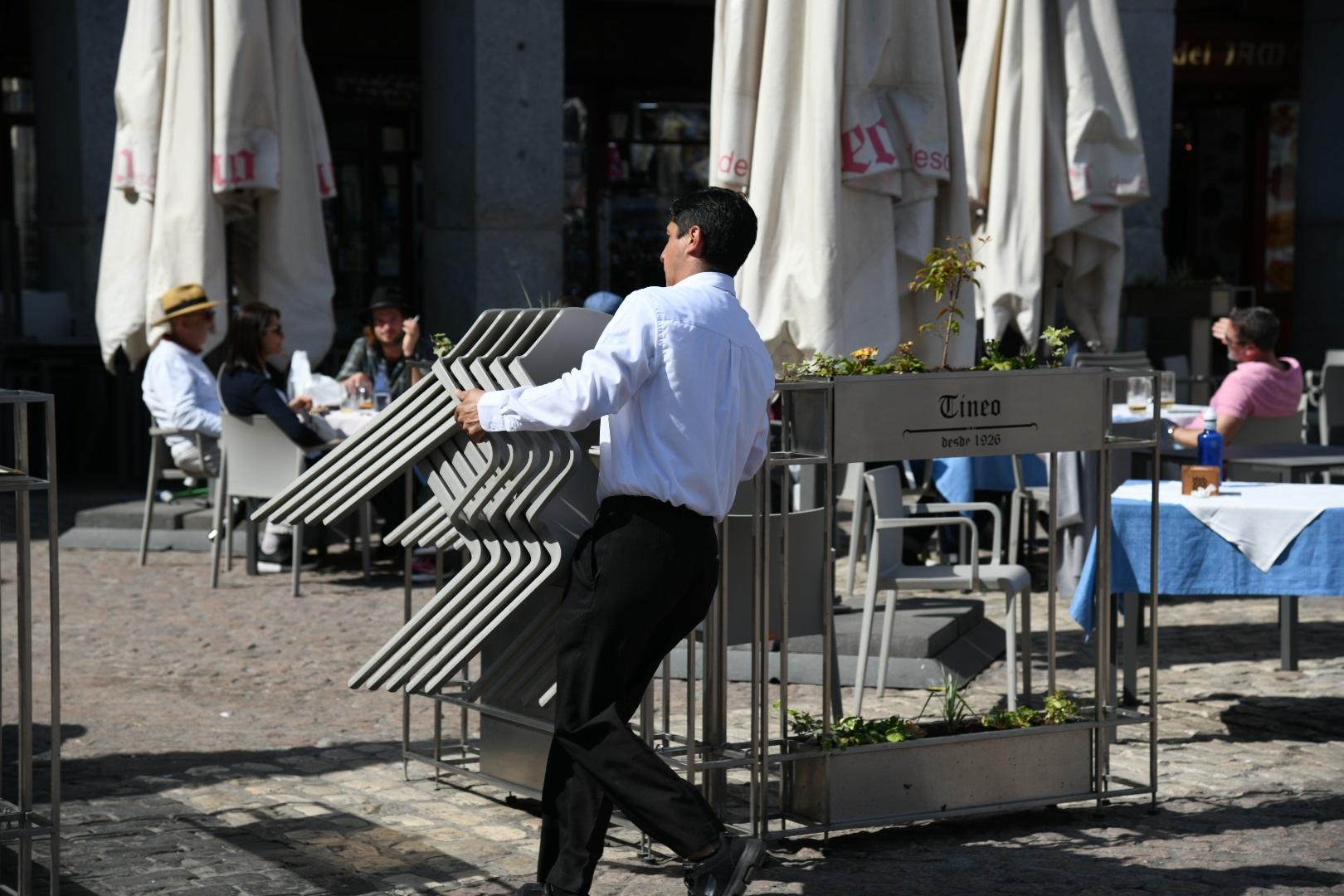 El Ayuntamiento amplía la vigencia de las medidas excepcionales a las terrazas hasta finales de 2021 - La Viña